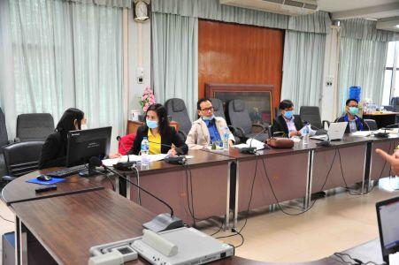 ประชุมคณะกรรมการ