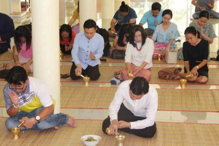 สถาบันวิจัยฯ ร่วมถวายภัตตาหารเพล ในช่วงเทศกาลเข้าพรรษา