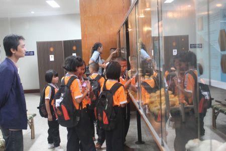 จัดงานโครงการ ออนซอนอีสาน : ความเซื่อบูฮาน เฮือนซานบ้านซ่อง ของอยู่แนวกิน ผ้าซิ่นผืนแพ ดูแลสุขภาพ ซาบซึ้งเสียงดนตรี